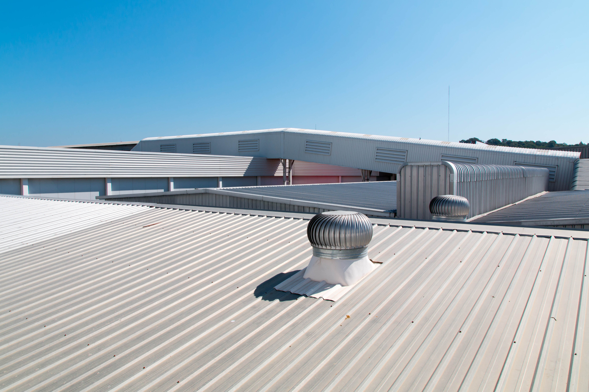 Helpful Tips to Make Your Commercial Roof Last Longer